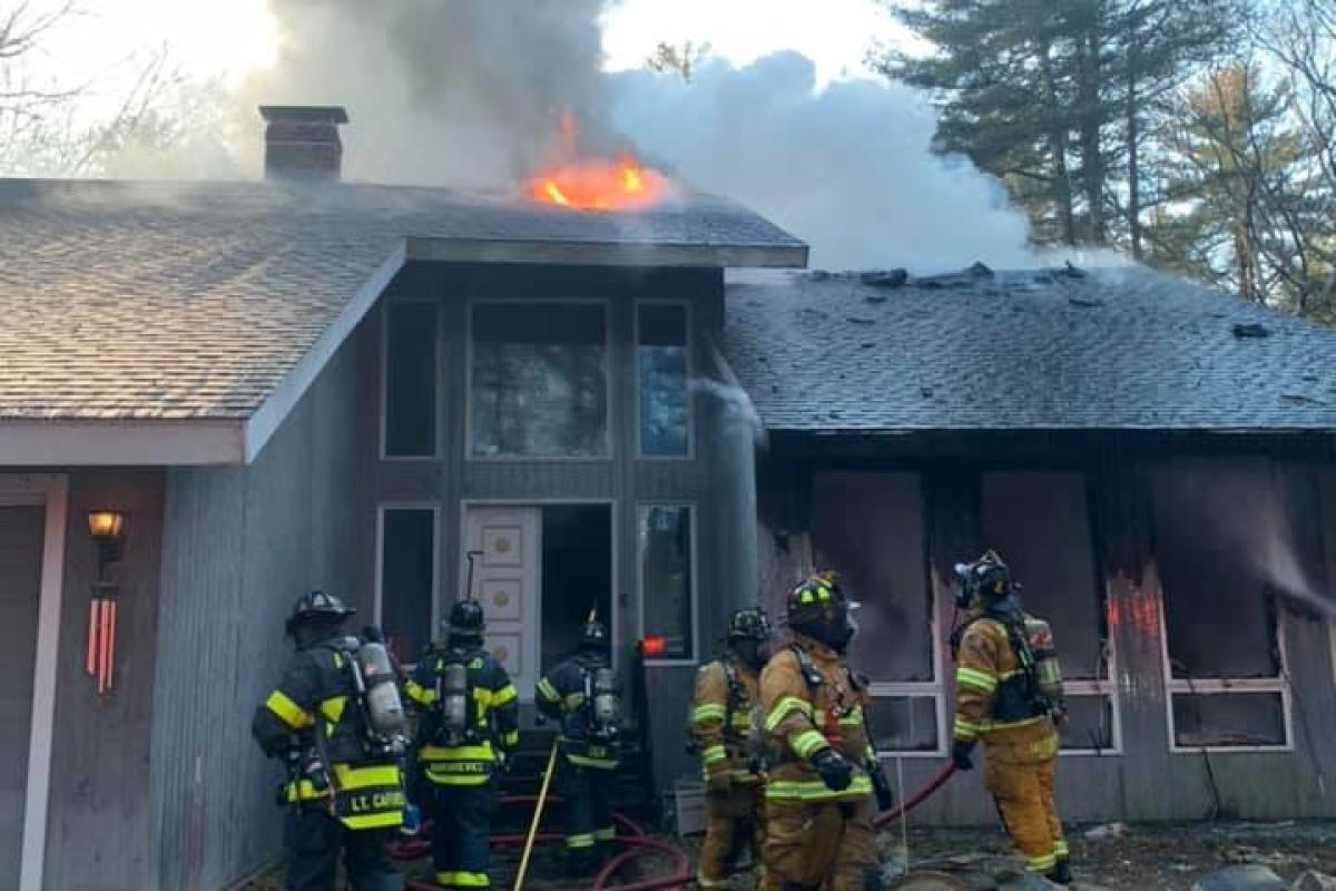 2020: Sherborn Firefighters battle 3-alarm fire on Towne Lyne Road