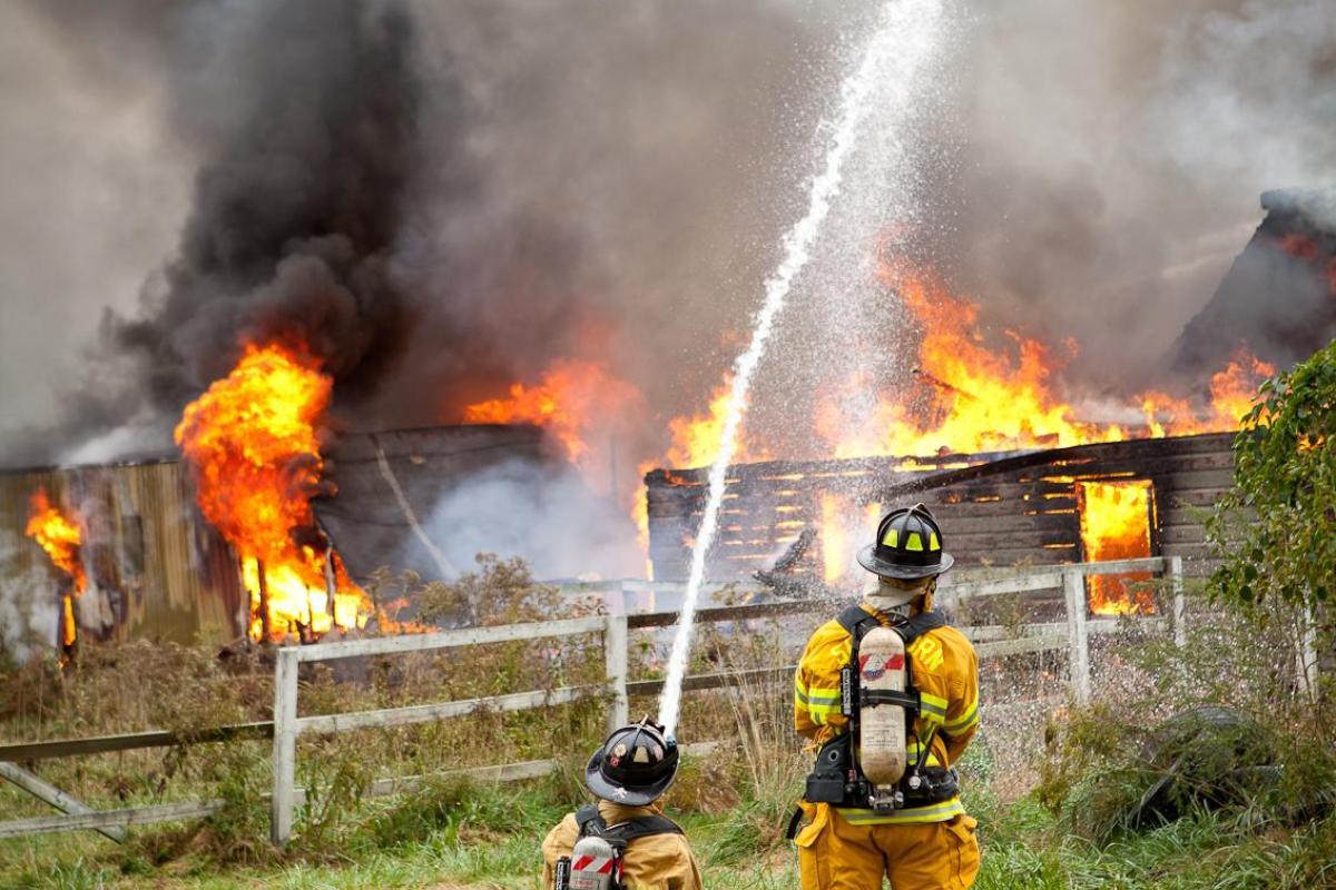 2011: 3-alarm barn fire on Western Avenue